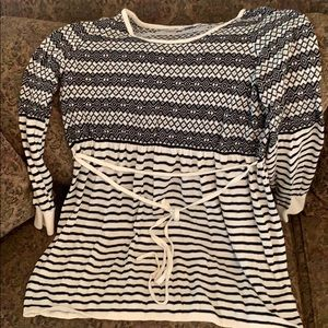 Beautiful maternity sweater